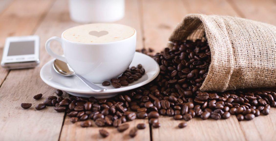Jak pić kawę, żeby nie szkodziła? I czy kawa jest zdrowa? Rozprawiamy się z mitami o kawie